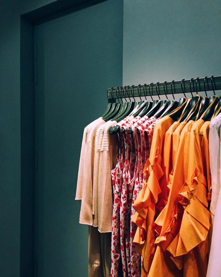 Wyjątkowe ubrania z materiałów ekologicznych