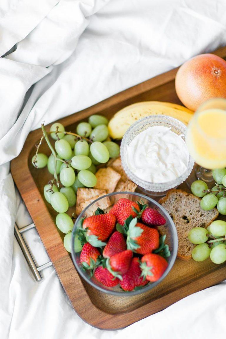 Czym jest dieta ketogiczna i kiedy się ją stosuje?