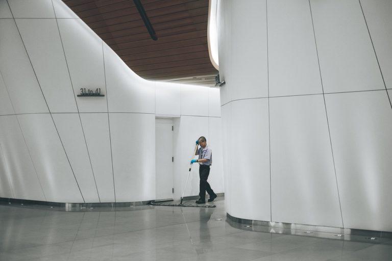 Ułatwienie dla firm – zewnętrzne firmy sprzątające
